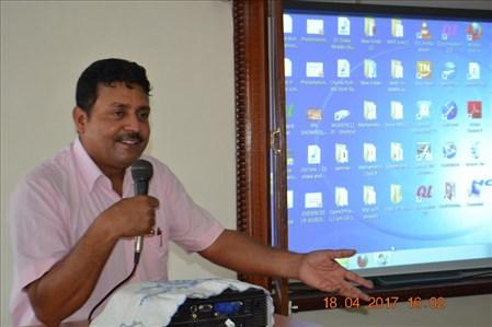 Santosh Kumar addressing Eco Club Teachers Training Program (1)
